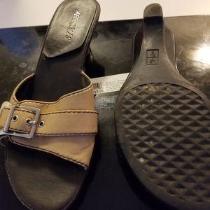 Asrosoles sandals